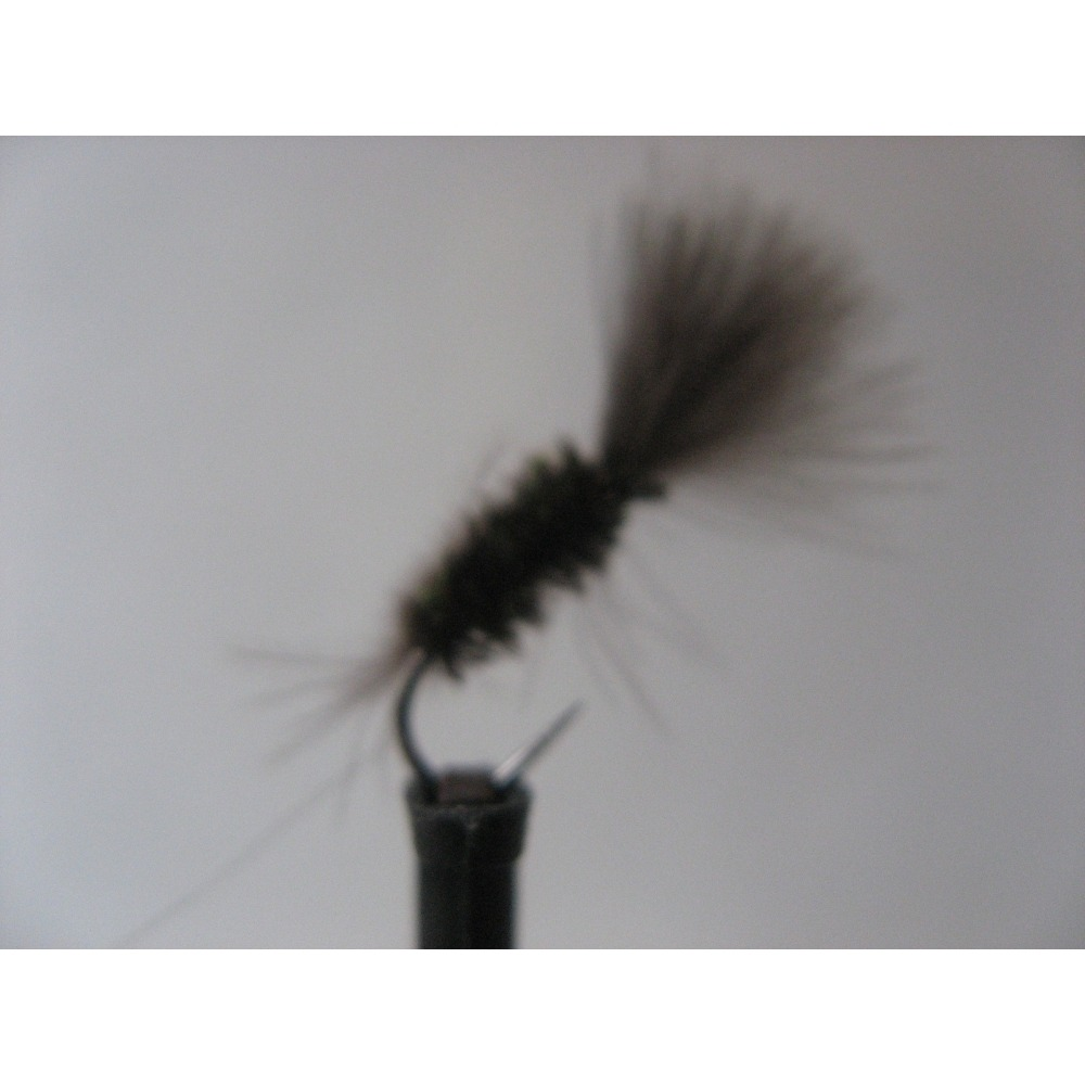 CDC Beetle Barbless Size 14