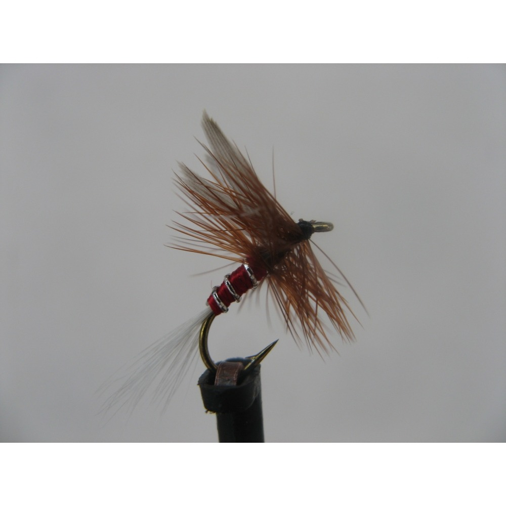Dry Red Spinner Size 14
